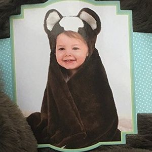 Little Miracle Animal Hugs Collection Hooded Blank